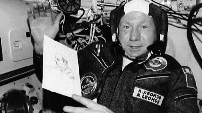 Aleksiej Leonow nie żyje. Jako pierwszy odbył kosmiczny spacer